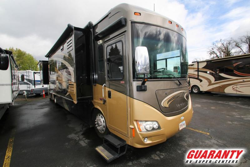 2011 Itasca Meridian 40L - RV Show - T38693A