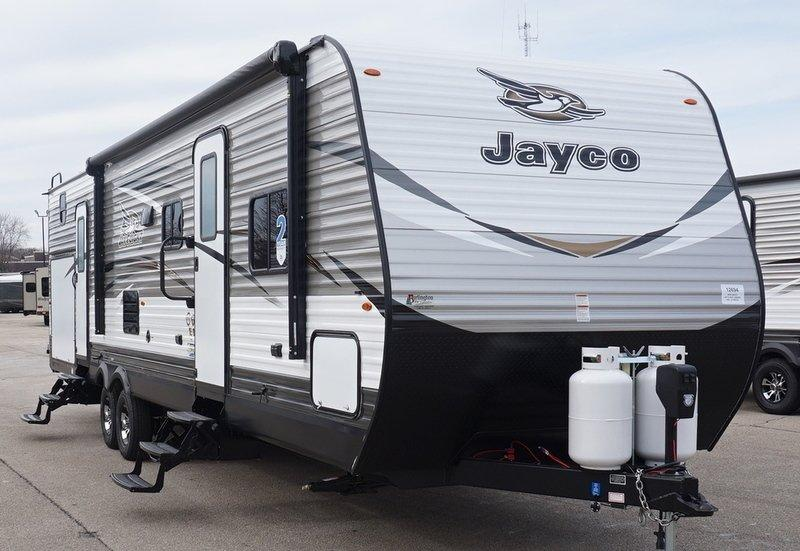 2018 Jayco Jay Flight 32BHDS - 12694  - Burlington RV Superstore