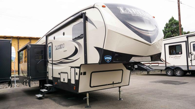 2019 Keystone Laredo Super Lite 290SRL - Guaranty RV Fifth Wheels - T39492A