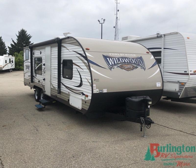 2018 Forest River Wildwood X-lite 261BHXL - BRV - 12945C  - Burlington RV Superstore