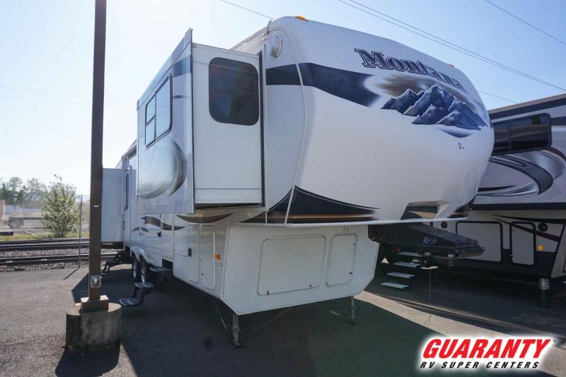 2011 Keystone Montana 3750FL - Guaranty RV Fifth Wheels - PT3902