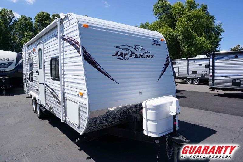 2012 Jayco Jay Flight 22FB - Guaranty RV Trailer and Van Center - T40094A