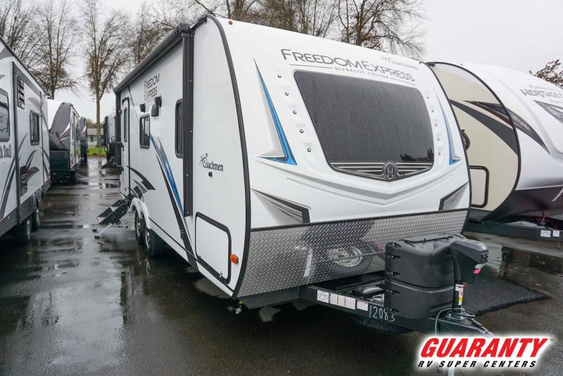 2020 Coachmen Freedom Express Ultra-Lite 204RD - Guaranty RV Trailer and Van Center - T41032