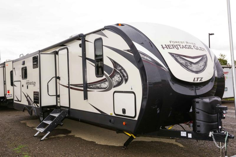 2019 Forest River Wildwood Heritage Glen Ltz 273RL - Guaranty RV Trailer and Van Center - T40434