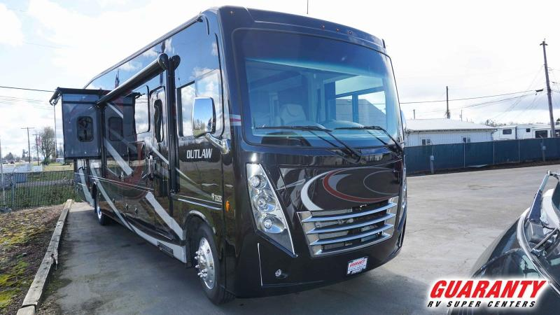 2019 Thor Motor Coach Outlaw 38MB - Guaranty RV Motorized - M40328