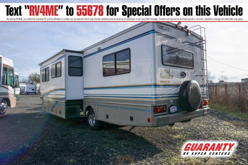 2000 Fleetwood Bounder 31W - Pre-Auction Specials - WPM42759A