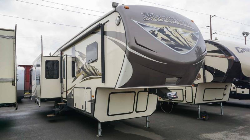 2014 Keystone Mountaineer 331RLT - Guaranty RV Fifth Wheels - M39369A