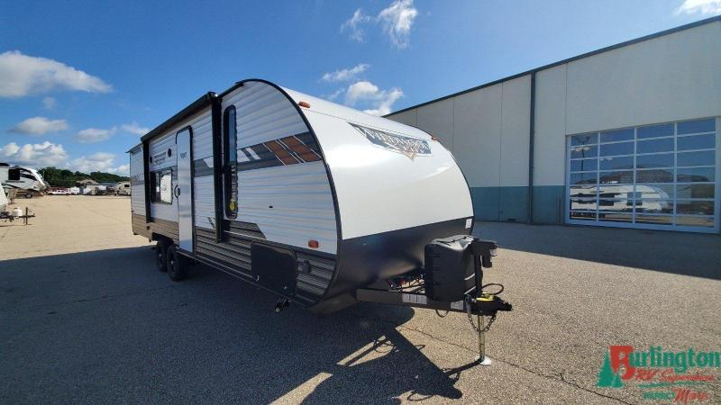 2020 Forest River Wildwood X-Lite 261BHXL - Sturtevant, WI - 13626  - Burlington RV Superstore