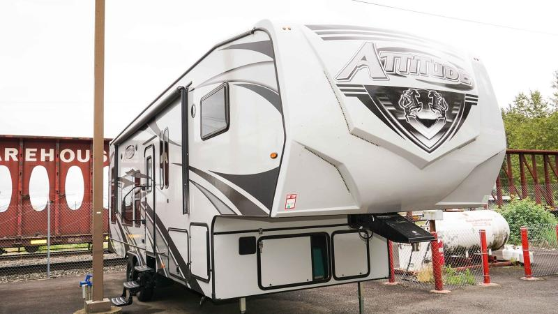 2020 Eclipse Attitude Wide Lite 5th Wheel 2814SS - Guaranty RV Fifth Wheels - T40503