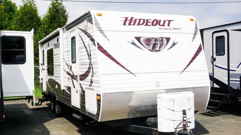 2014 Keystone Hideout 23RKSWE - Guaranty RV Trailer and Van Center - T39611A