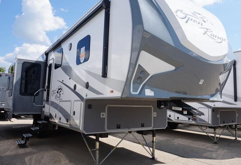2018 Highland Ridge Open Range Roamer RF348RLS - 12458  - Burlington RV Superstore