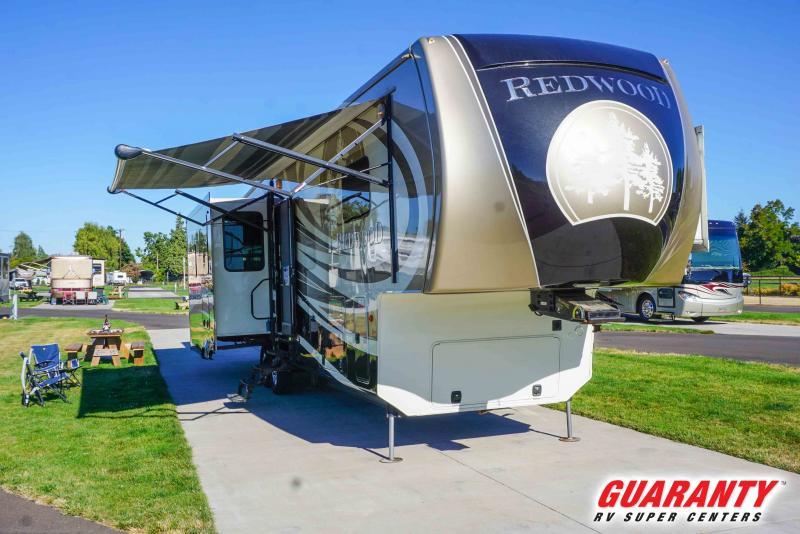 2014 Crossroads Redwood 36RL - Guaranty RV Fifth Wheels - PT3932