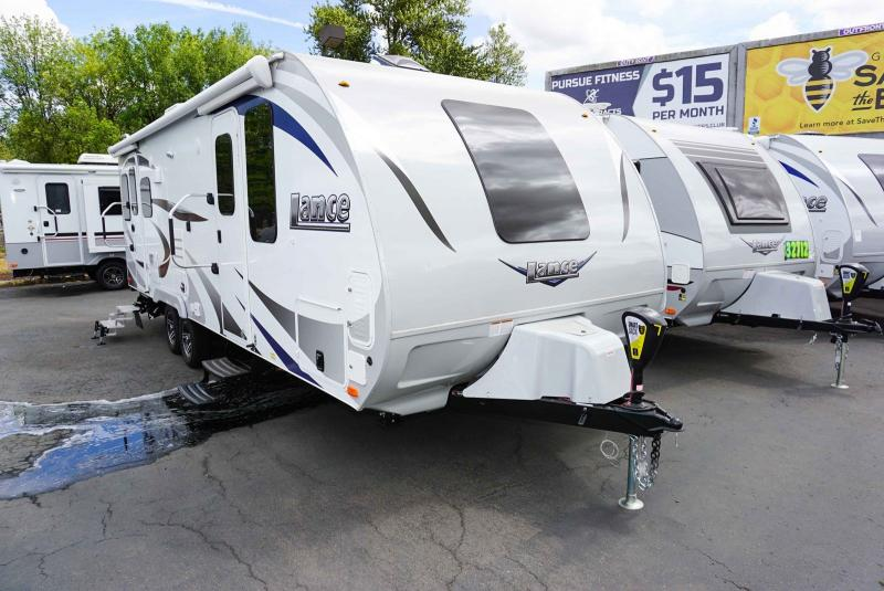 2020 Lance Lance 2375 - Guaranty RV Trailer and Van Center - T40757