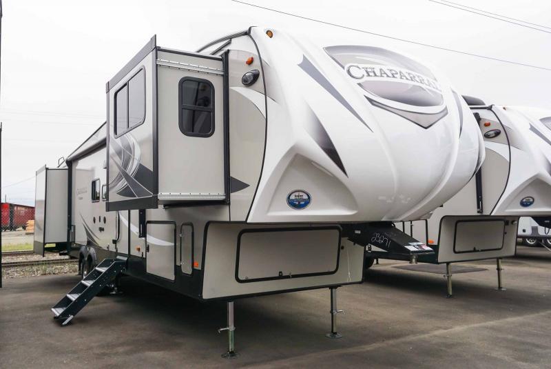 2020 Coachmen Chaparral 370FL - RV Show - T40738