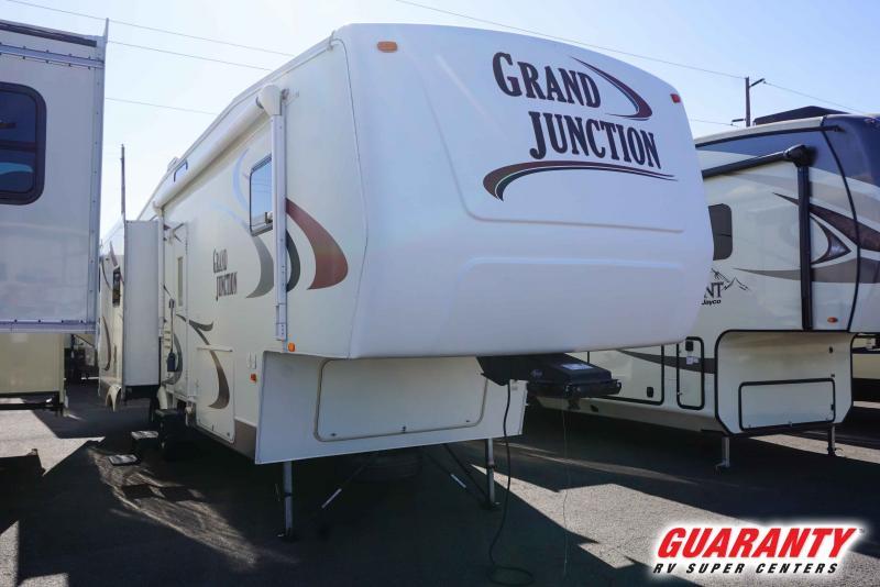 2006 Dutchmen Grand Junction 31TGS - Pre-Auction Specials - WPM40916A