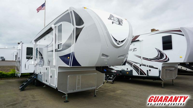 2019 Northwood Arctic Silver Fox Edition 35-5Z - Guaranty RV Fifth Wheels - T40396