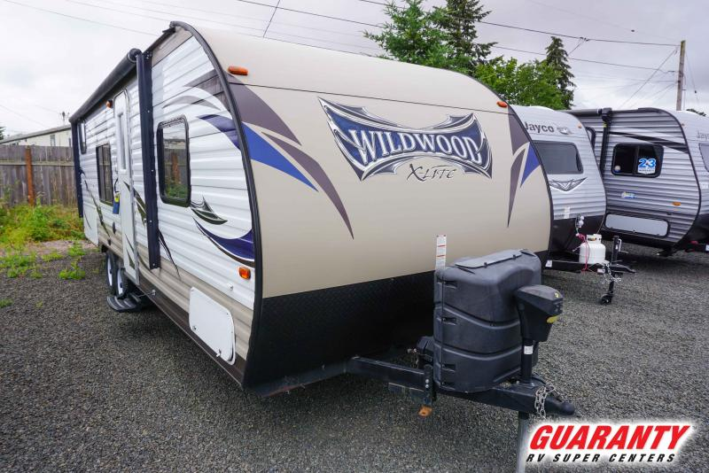 2015 Forest River Wildwood X-Lite 261BH - Guaranty RV Trailer and Van Center - T41383A
