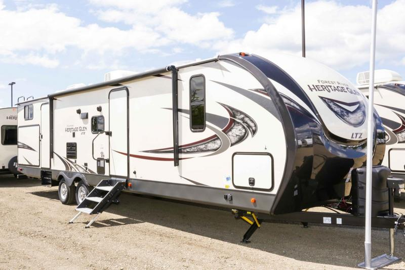 2019 Forest River Wildwood Heritage Glen Ltz 314BUD - Guaranty RV Trailer and Van Center - T40449