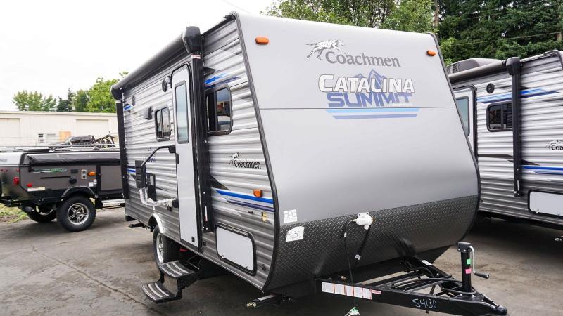 2020 Coachmen Catalina Summit Series 7 172BH - RV Show - T40515
