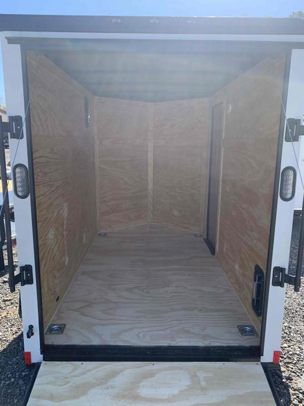 New 2022 Rock Solid 5ft x 08ft 3k Single Axle  Bumper Pull Enclosed w/6ft walls (Bone White w/SBO)