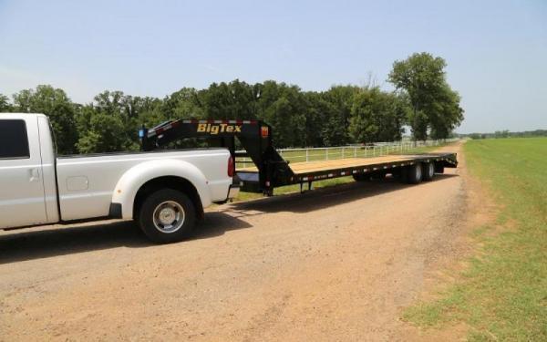2020 Big Tex Trailers 22GN-28+5MR Equipment Trailer 23.9K