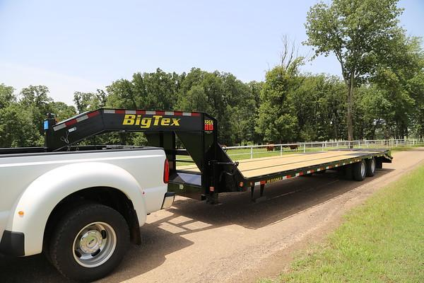 2021 Big Tex Trailers 22GN-35+5MR Flatbed Trailer