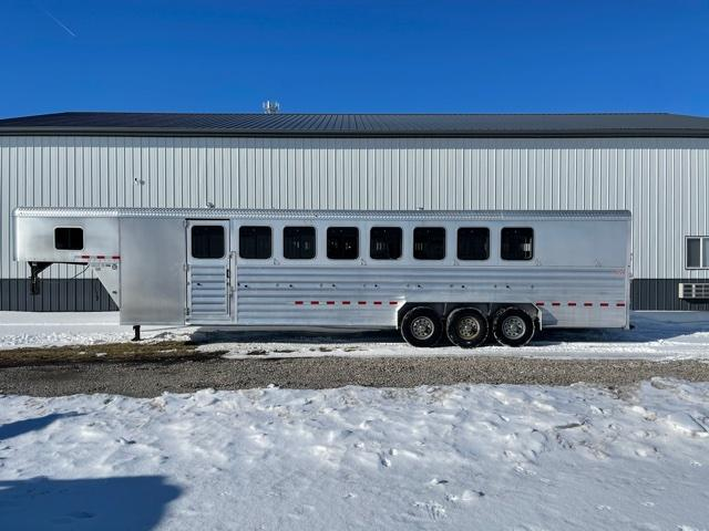 2015 Kiefer Manufacturing 732 -8H Horse Trailer