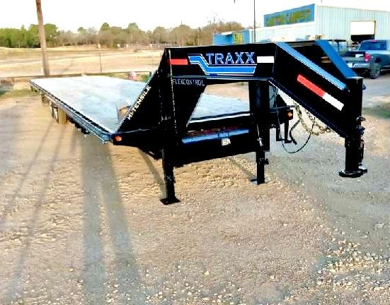 2022 Traxx Trailers 40GNSS10K Flatbed Trailer