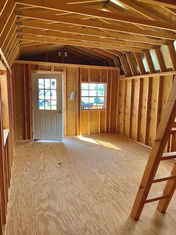 2020 Lonestar Wooded Lofted Cabin Cabin