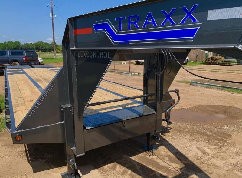 2022 Traxx 32GN2CP Flatbed Trailer