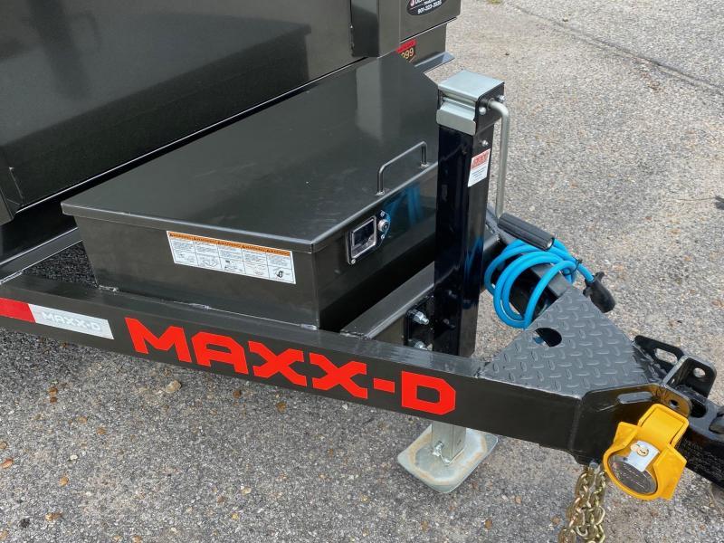 2022 MAXX-D Gray 61221 12k