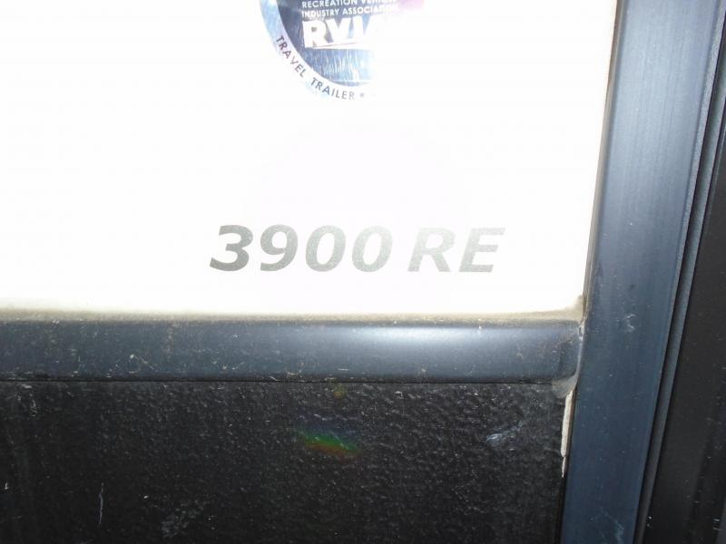 2018 Keystone RV ALPINBE 3900 RE TOY HAULER Enclosed Cargo Trailer