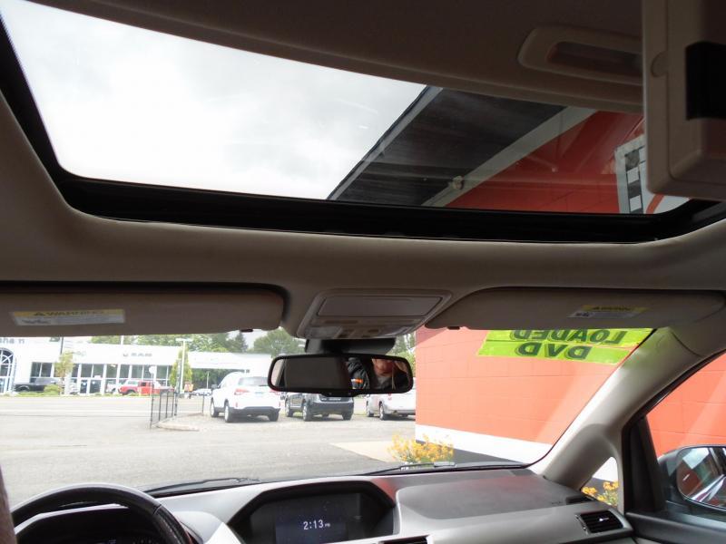 2016 Honda ODYSSEY EX-L DVD Van