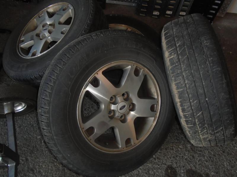 2005 Ford ESCAPE 4X4 SUV