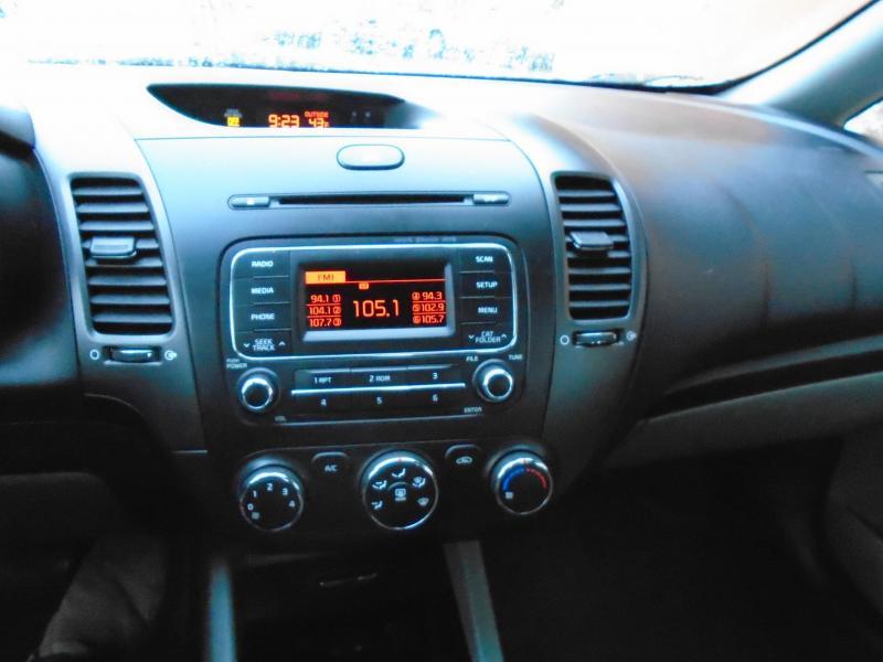 2015 Kia FORTE LX Car LOW MILES