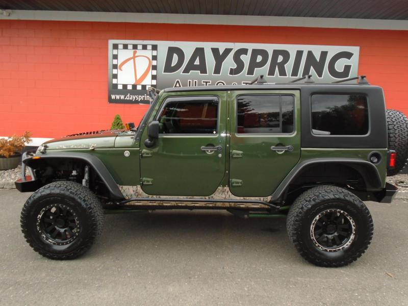 2009 Jeep WRANGLER UNLIMITED RUBICON  WITH TOO MANY OPTIONS