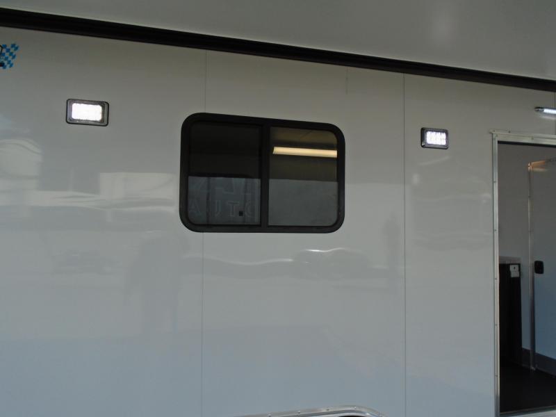 2021 ALCOM 8.5X18 ENCLOSED WITH A BATHROOM Car / Racing Trailer