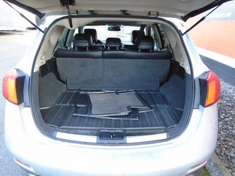 2009 Nissan MURANO LE 4X4 Upright Vehicle