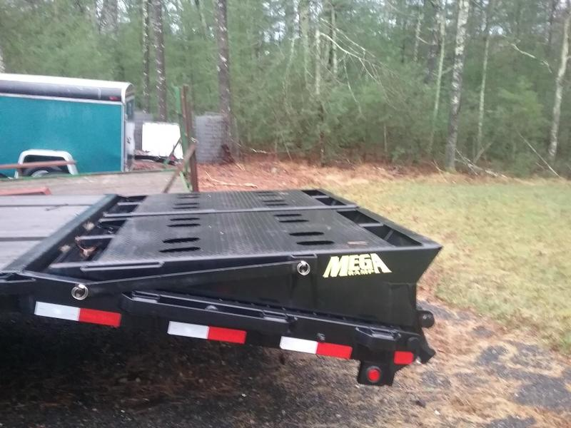 2016 Big Tex Trailers  40ft DT GN Flatbed Flatbed Trailer