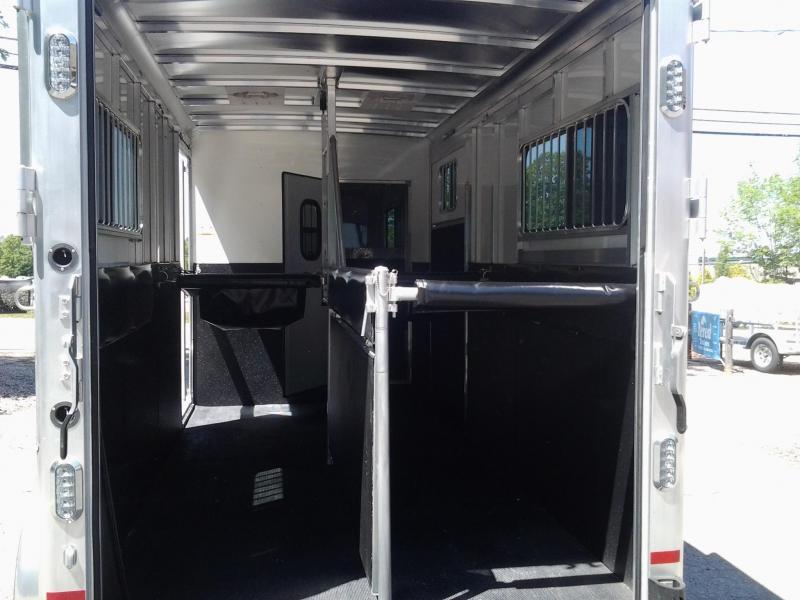 2021 Sundowner Trailers Charter 2h Gn Horse Trailer/Side Unload