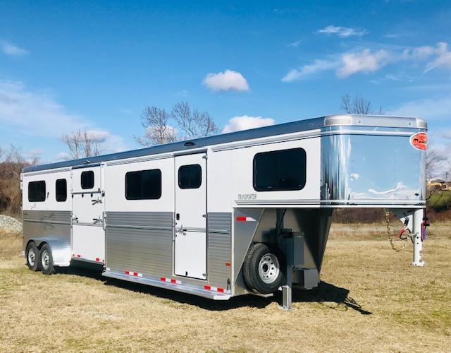 2021 Sundowner Trailers 4H Head To Head Horse Trailer