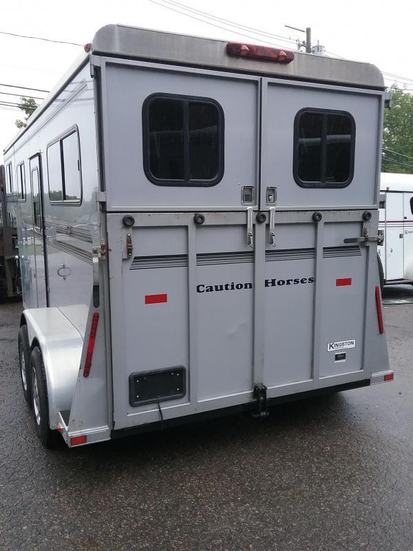 2007 Kingston Trailers Inc. 2h Belvedare GN Horse Trailer