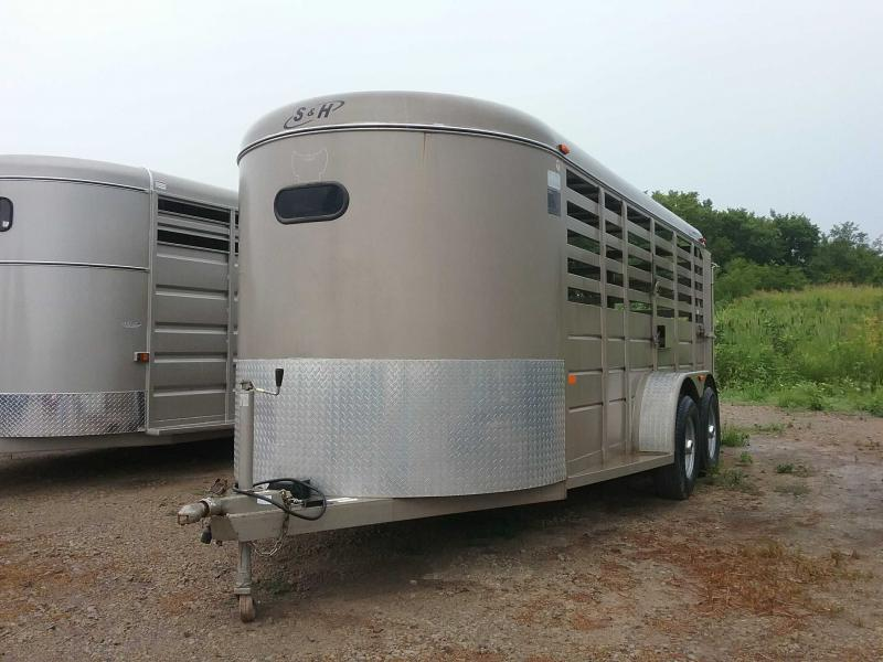 2008 S and H Trailers TRAILERUSEDINVENTORY Livestock Trailer