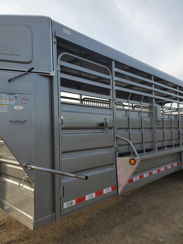 2021 GR Trailers STH6824W14LNRGS Livestock Trailer