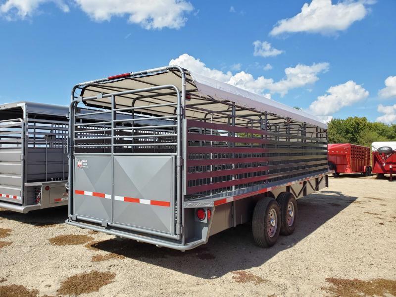2021 W-W Trailer W-W24X6.8ROUSTABOUT Livestock Trailer