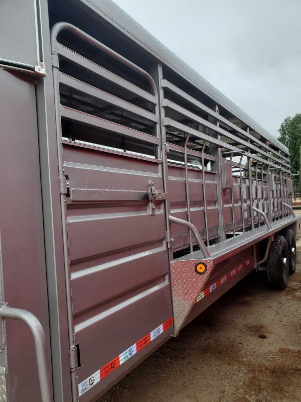 2022 GR Trailers STH6824W14LNRCS Livestock Trailer
