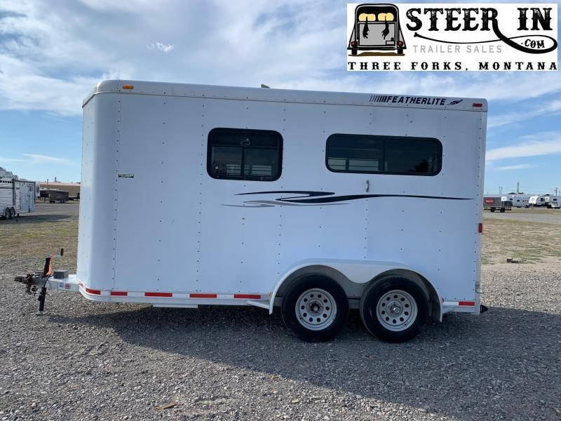 2000 Featherlite 2H STRAIGHT Horse Trailer