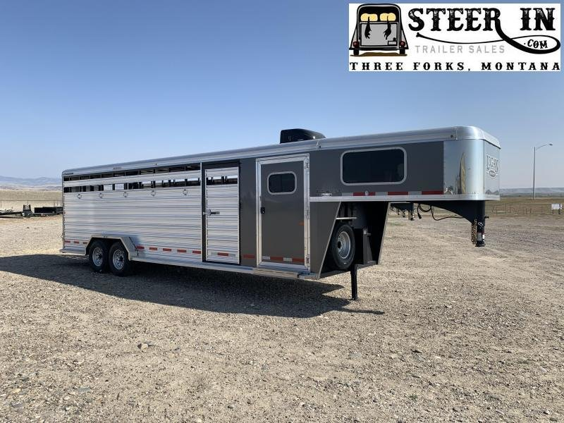 2020 Logan 26' Stock/Combo Livestock Trailer