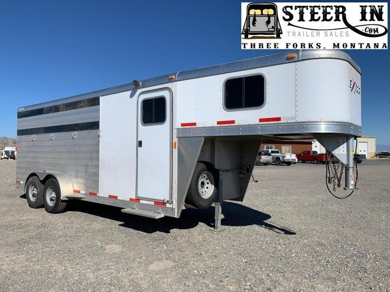 2015 Exiss  4H GN Horse Trailer