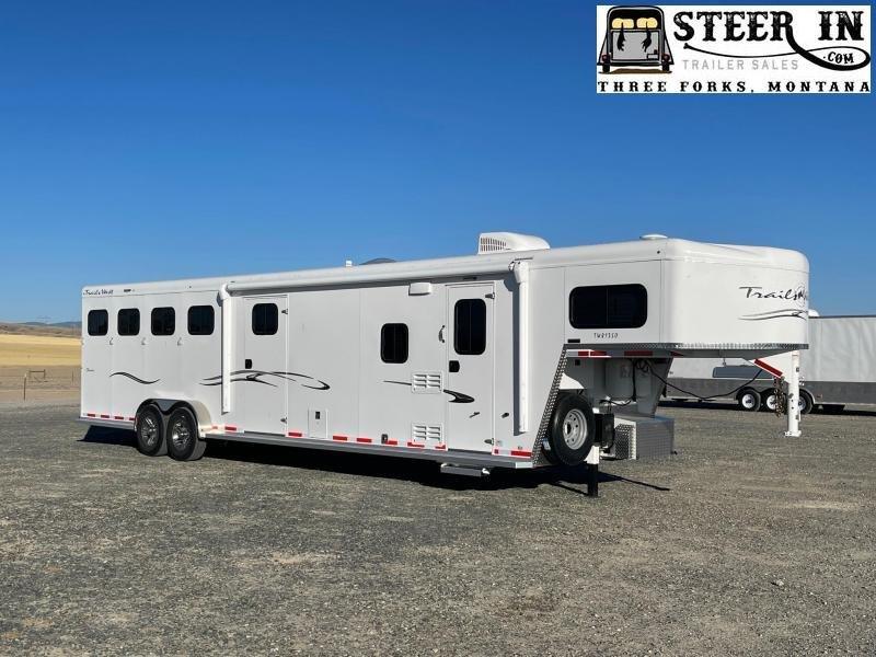 2022 Trails West CLASSIC LQ 4-HORSE Horse Trailer